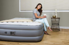 10 Coolest Air Mattresses in 2020 – Let the Comfort stay with you for Long Term!!